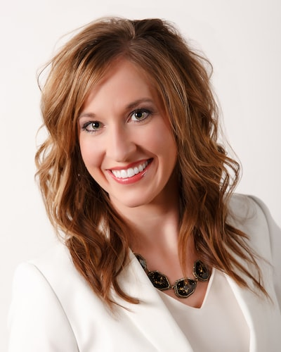 Jennifer Veurink is your caring and skilled dentist in Mitchell